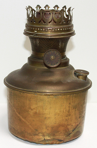 Lumo oil pot lamp